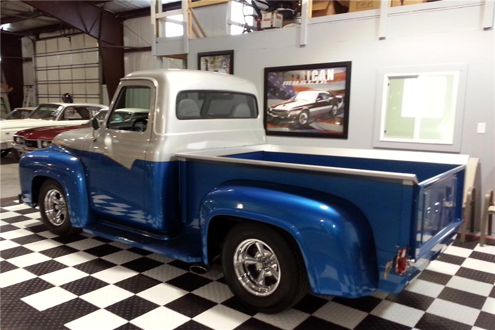 1953 FORD F-100 CUSTOM PICKUP - Rear 3/4 - 182424