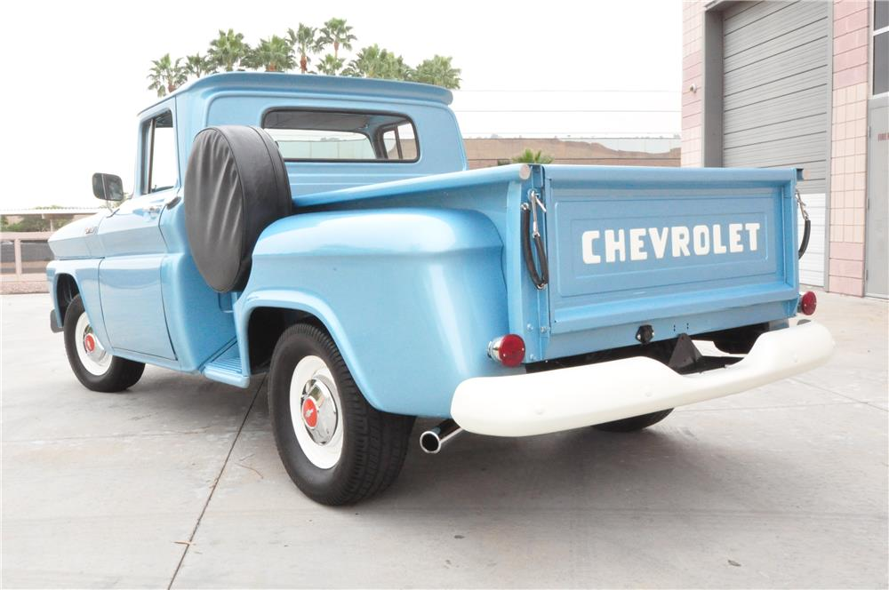 1962 CHEVROLET PICKUP - Rear 3/4 - 182426