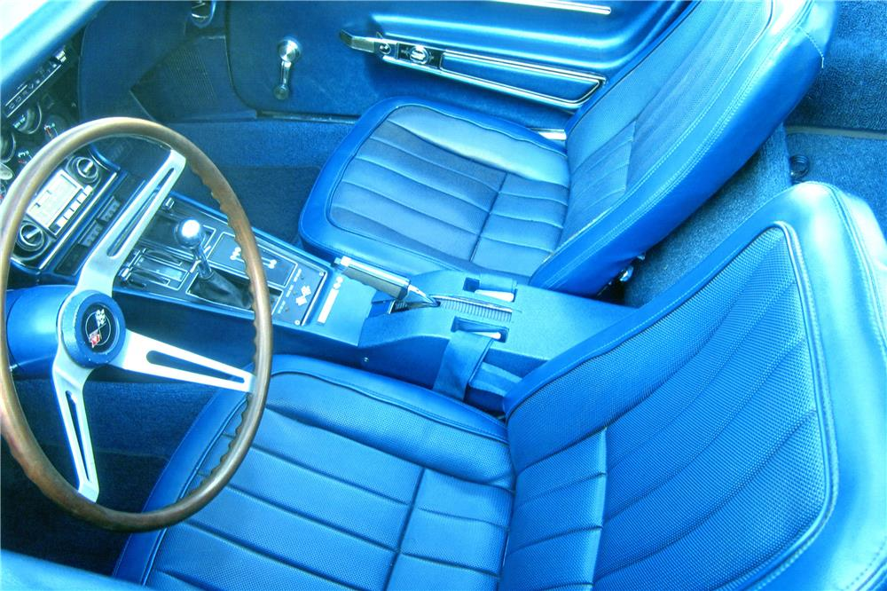 1968 CHEVROLET CORVETTE 2 DOOR COUPE - Interior - 182427