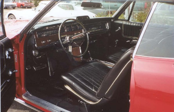 1966 PONTIAC BONNEVILLE UNKNOWN - Interior - 18245