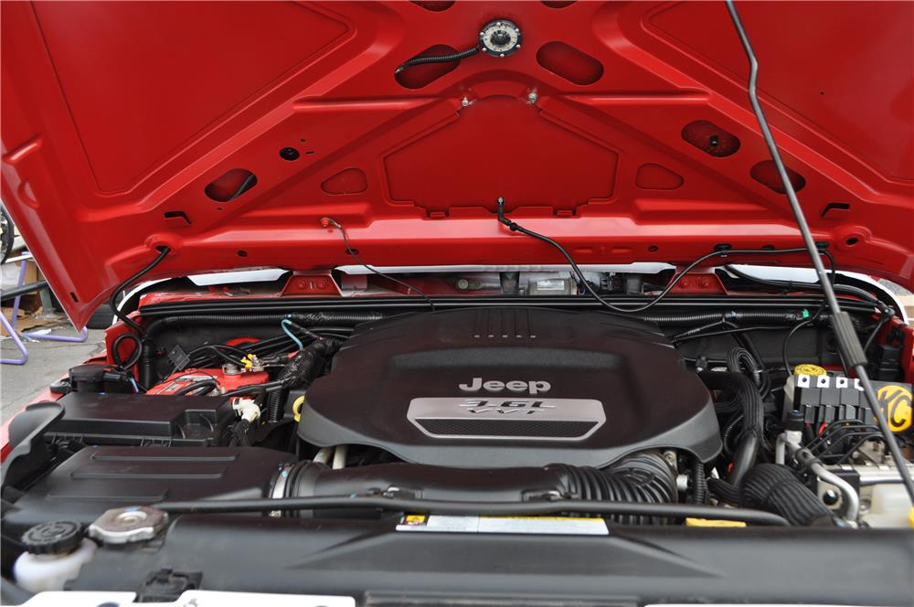2012 JEEP WRANGLER UNLIMITED CUSTOM SUV - Engine - 182450