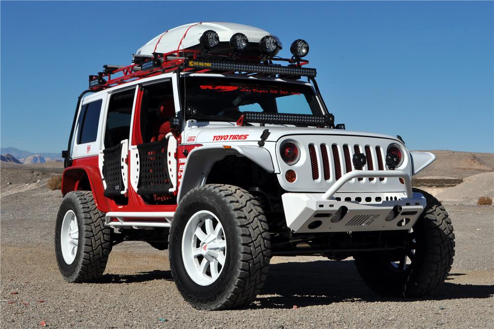 2012 JEEP WRANGLER UNLIMITED CUSTOM SUV - Front 3/4 - 182450