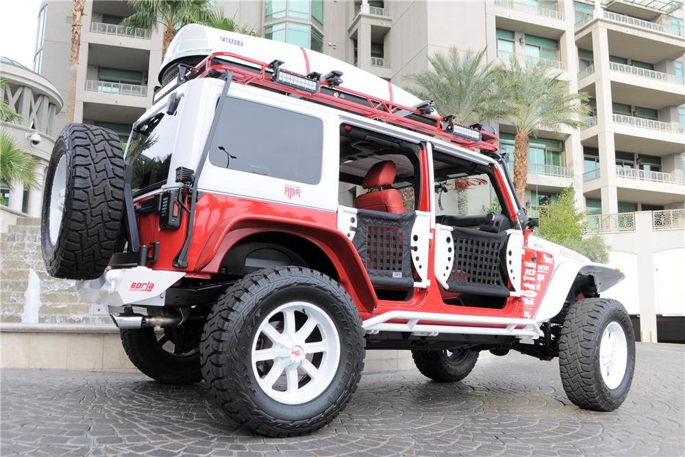 2012 JEEP WRANGLER UNLIMITED CUSTOM SUV - Rear 3/4 - 182450