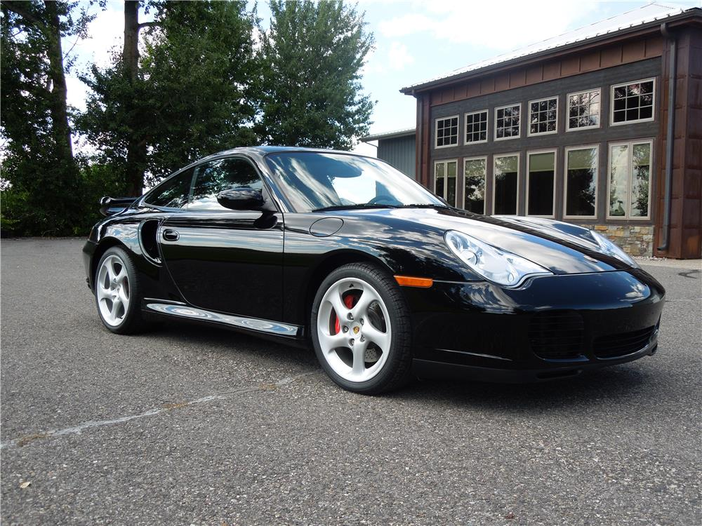 2002 PORSCHE 911 TURBO COUPE - Front 3/4 - 182461
