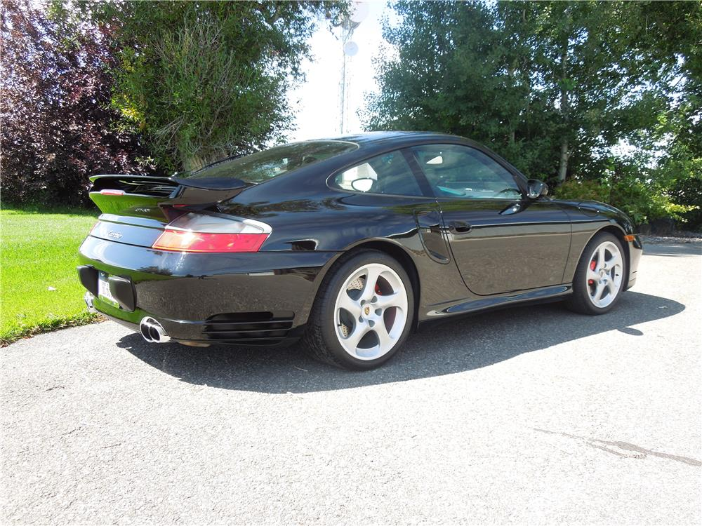 2002 PORSCHE 911 TURBO COUPE - Rear 3/4 - 182461