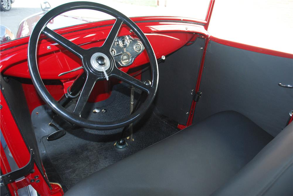 1930 FORD ROADSTER PICKUP - Interior - 182476