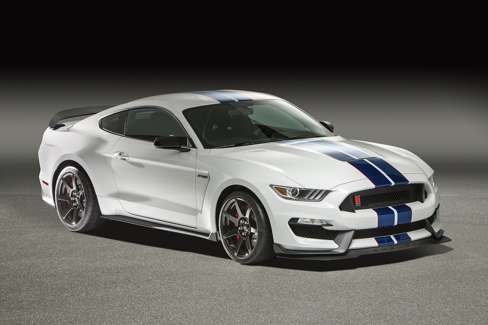 FORD SHELBY GT350R COUPE - Front 3/4 - 182535