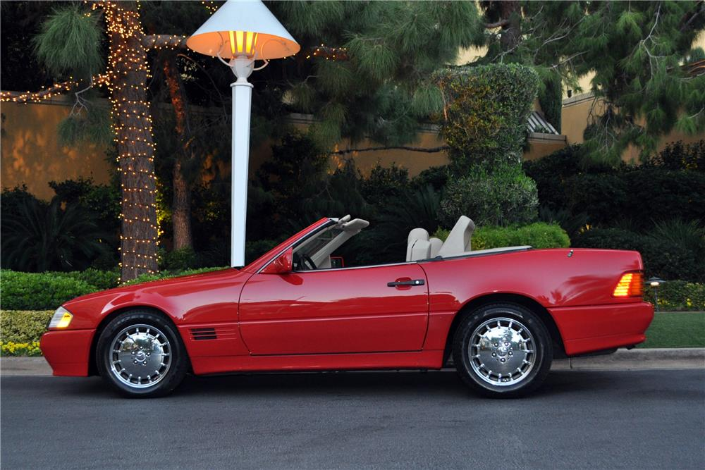 1992 MERCEDES-BENZ 500SL CONVERTIBLE - Side Profile - 182538