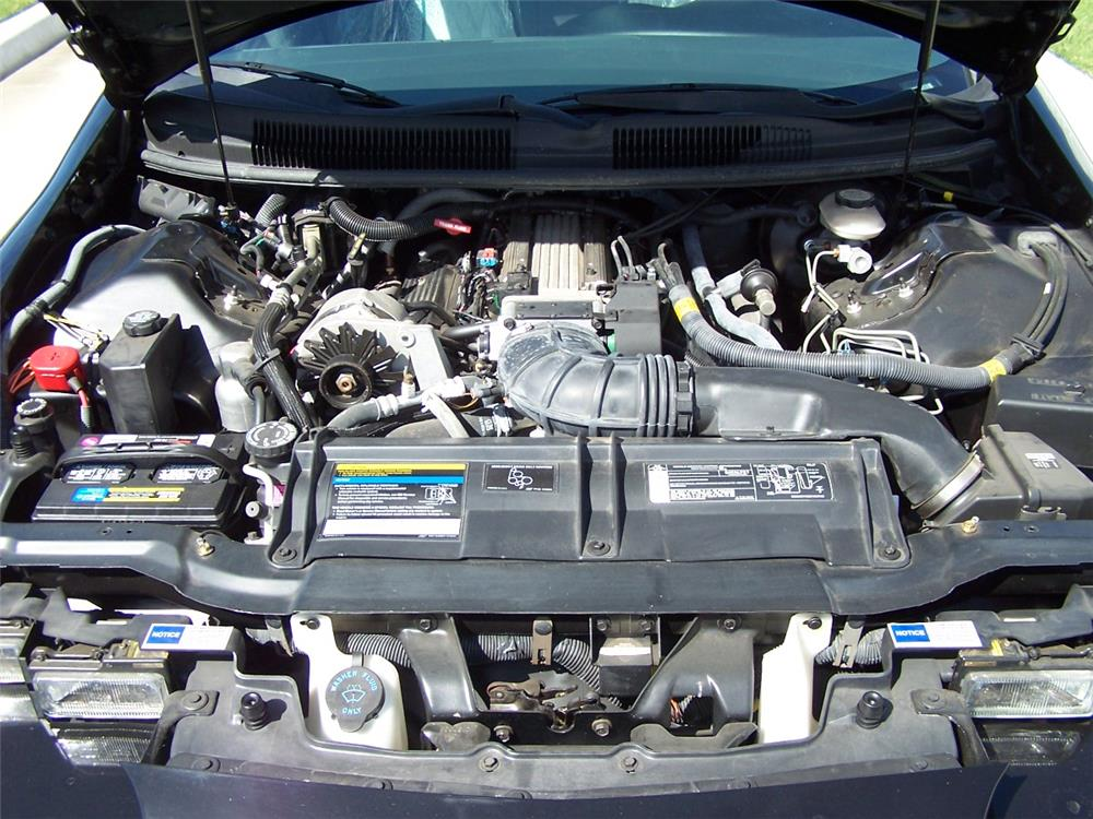 1993 CHEVROLET CAMARO Z/28 2 DOOR COUPE - Engine - 182542