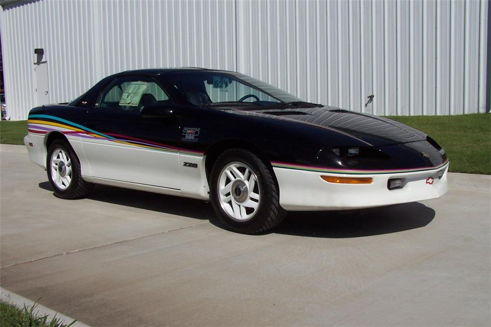 1993 CHEVROLET CAMARO Z/28 2 DOOR COUPE - Front 3/4 - 182542