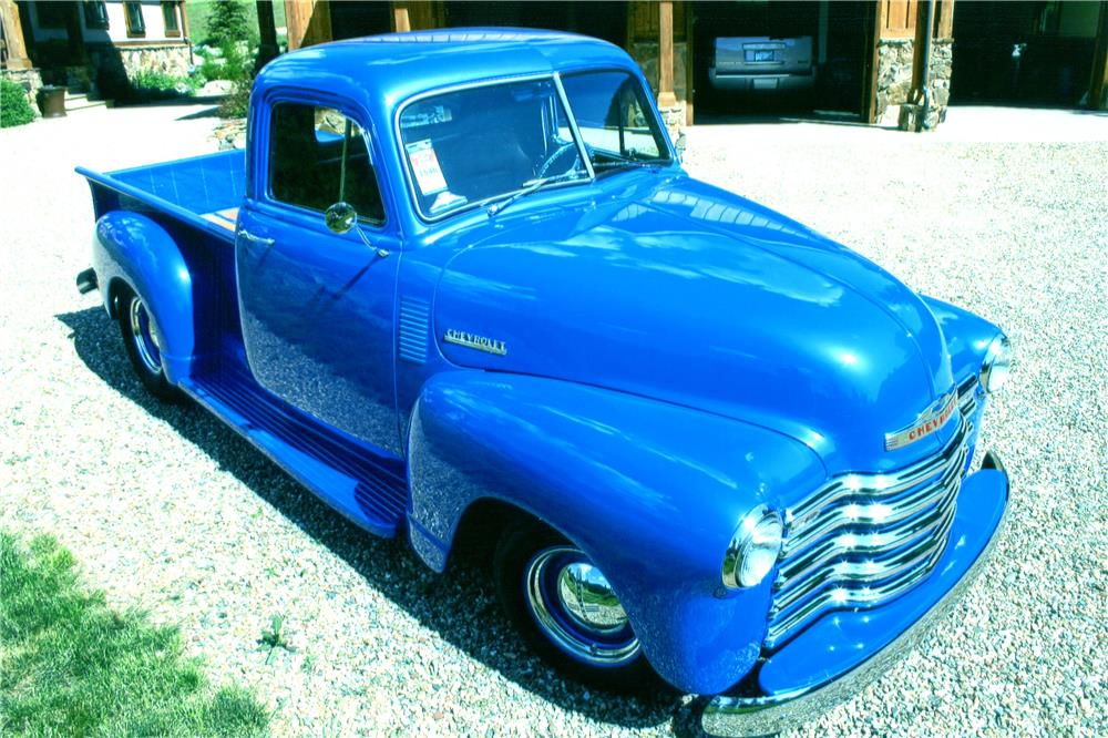 1952 CHEVROLET CUSTOM PICKUP - Front 3/4 - 182554