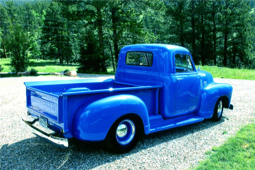 1952 CHEVROLET CUSTOM PICKUP - Side Profile - 182554