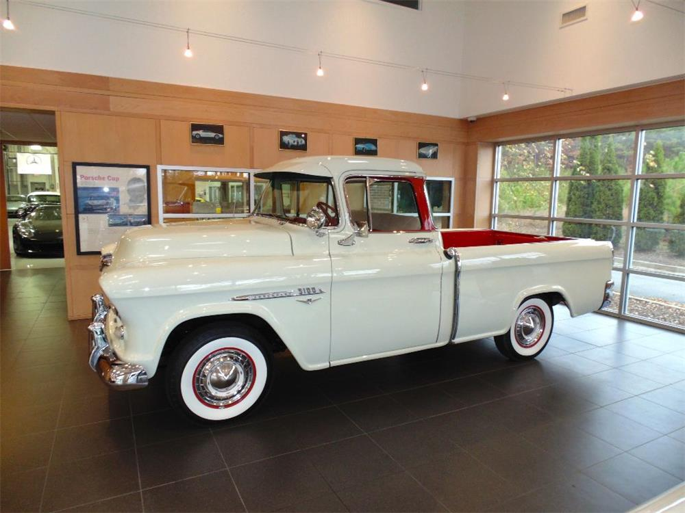 1955 CHEVROLET CAMEO PICKUP - Front 3/4 - 182600