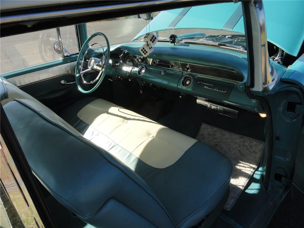 1955 PONTIAC SUPER CHIEF CATALINA - Interior - 182602