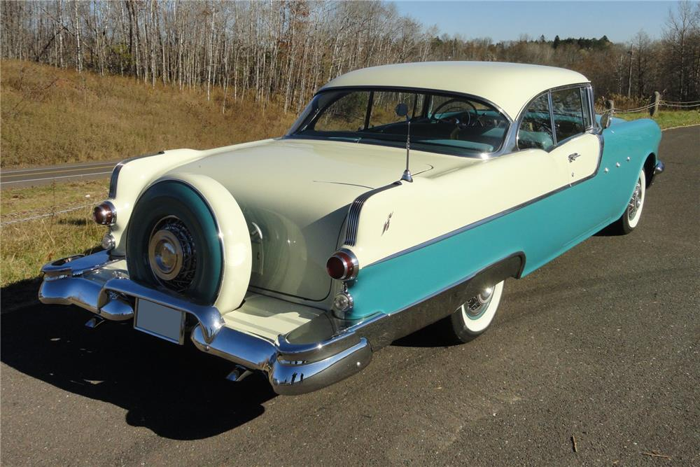 1955 PONTIAC SUPER CHIEF CATALINA - Rear 3/4 - 182602