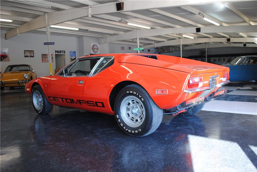 1972 PANTERA DE TOMASO 2 DOOR COUPE - Rear 3/4 - 182604