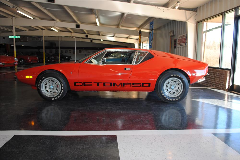 1972 PANTERA DE TOMASO 2 DOOR COUPE - Side Profile - 182604