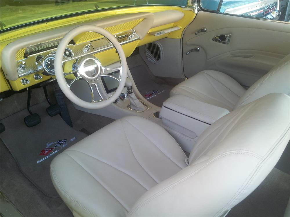 1961 CHEVROLET IMPALA BUBBLETOP - Interior - 182648