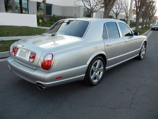 2004 BENTLEY ARNAGE 4 DOOR SEDAN - Rear 3/4 - 182760