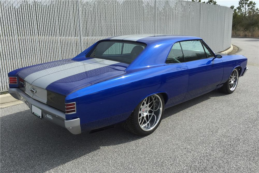 1967 CHEVROLET CHEVELLE SS CUSTOM - Rear 3/4 - 183770