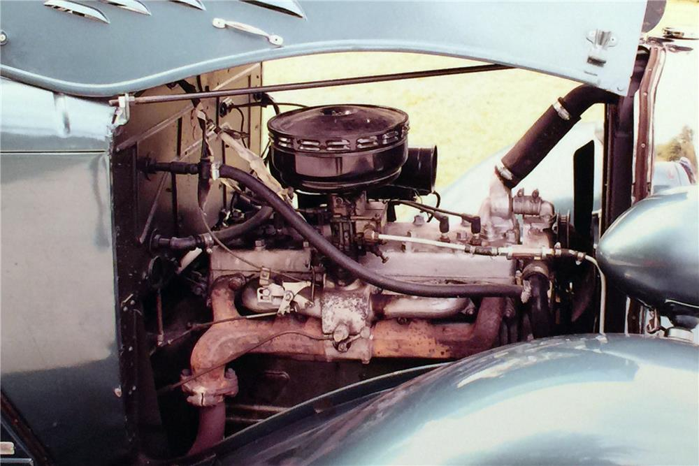 1934 DODGE CUSTOM - Engine - 183825
