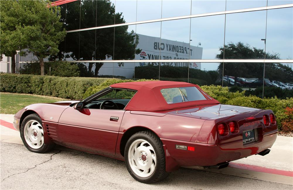 1993 CHEVROLET CORVETTE CONVERTIBLE - Rear 3/4 - 183854