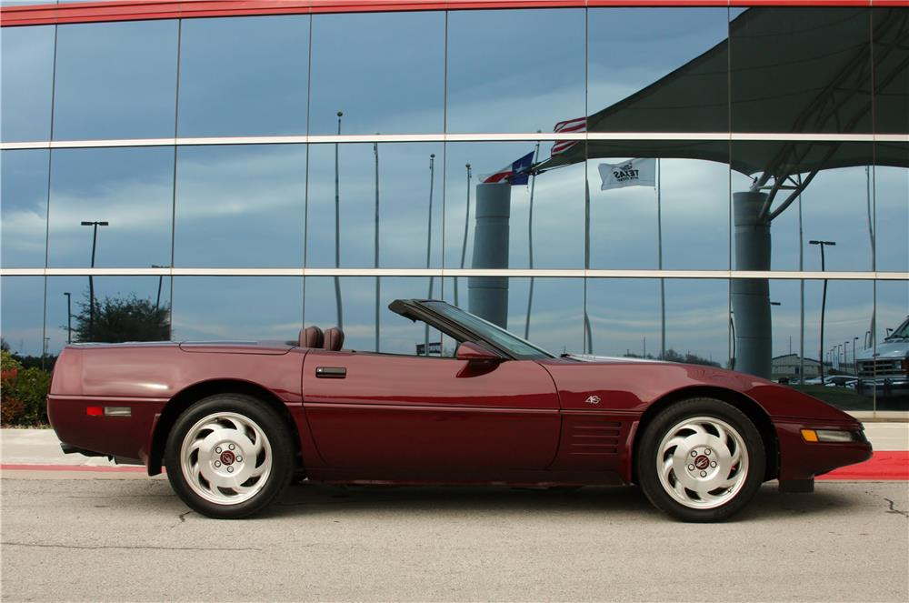 1993 CHEVROLET CORVETTE CONVERTIBLE - Side Profile - 183854
