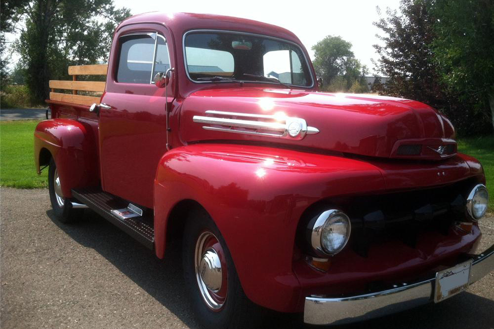 1952 FORD F-1 CUSTOM TRUCK - Front 3/4 - 183867