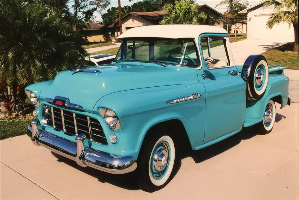1956 CHEVROLET 3100 PICKUP - Front 3/4 - 183877