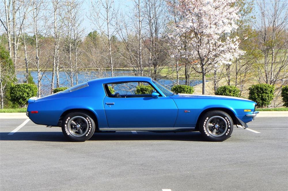 1970 CHEVROLET CAMARO Z/28 - Side Profile - 183884