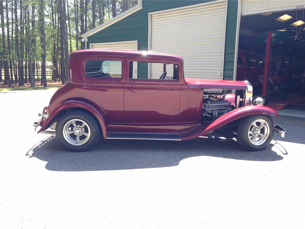 1932 chevrolet custom 2 door sedan 183955 for 1932 chevrolet 4 door sedan
