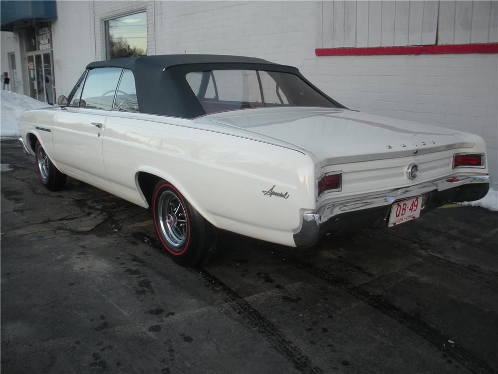 1965 BUICK SPECIAL CONVERTIBLE - Rear 3/4 - 183970