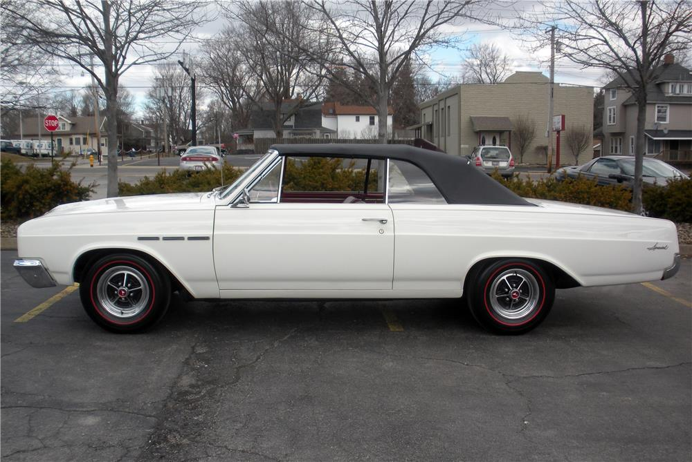 1965 BUICK SPECIAL CONVERTIBLE - Side Profile - 183970