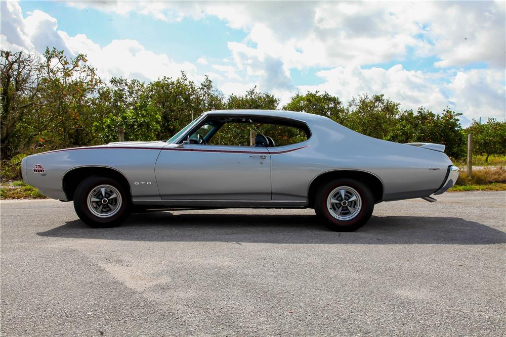 1969 PONTIAC GTO JUDGE - Side Profile - 183981