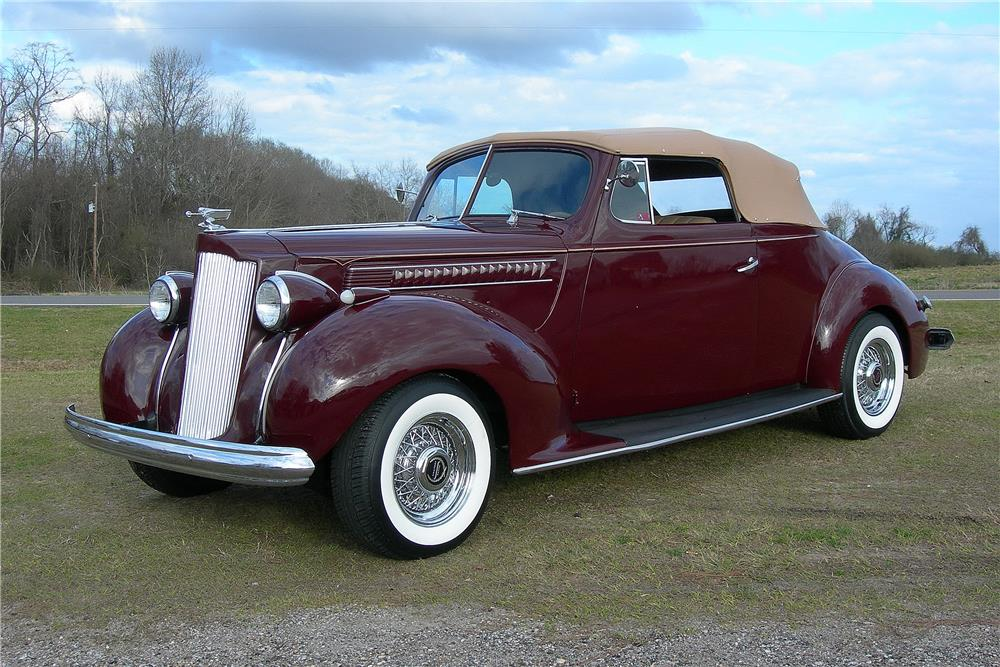 1939 PACKARD CUSTOM CONVERTIBLE - Front 3/4 - 184027