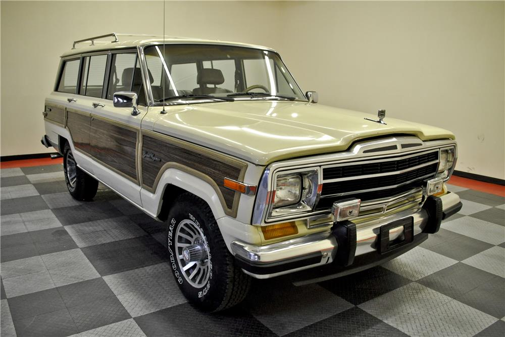 1988 JEEP GRAND WAGONEER  - Front 3/4 - 184046
