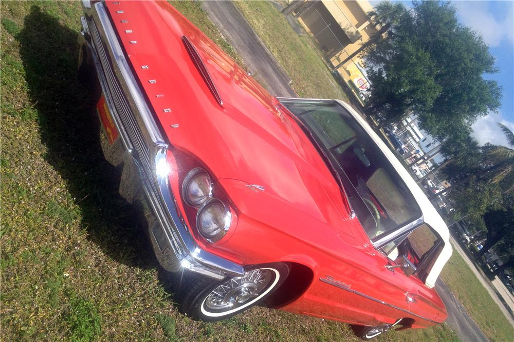 1964 FORD THUNDERBIRD CONVERTIBLE - Front 3/4 - 184049