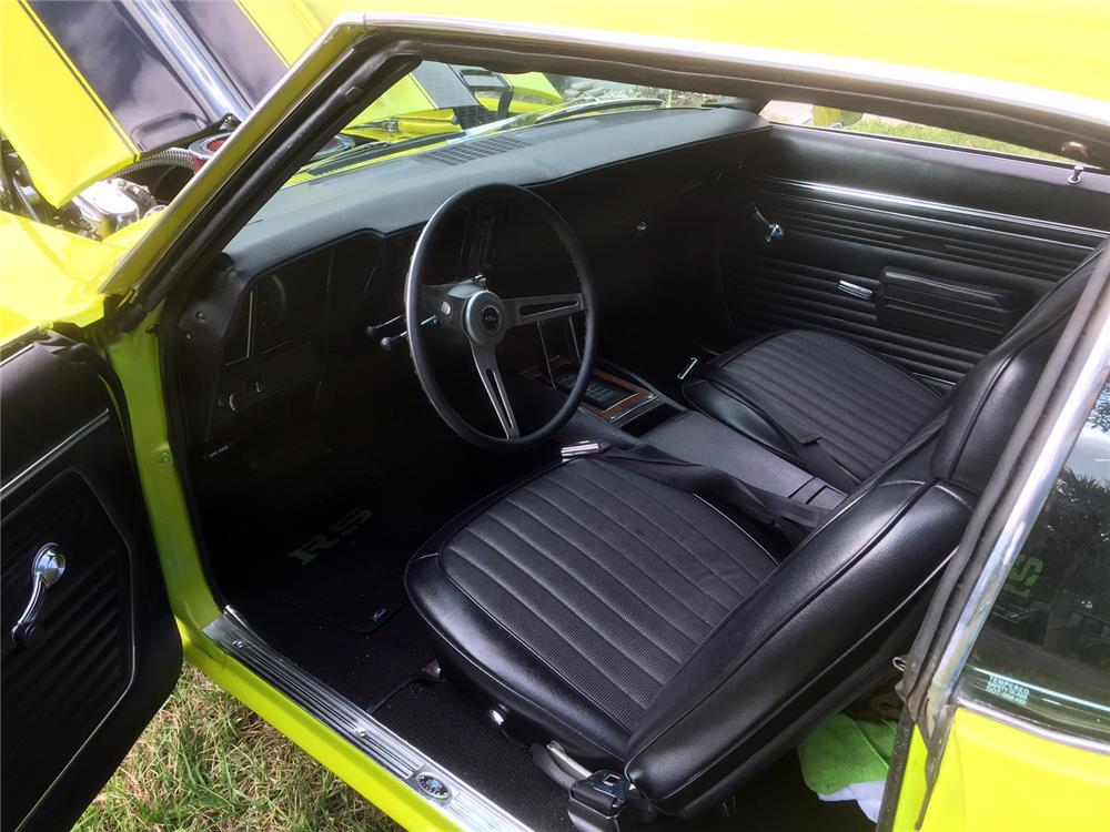 1969 CHEVROLET CAMARO CUSTOM - Interior - 184081