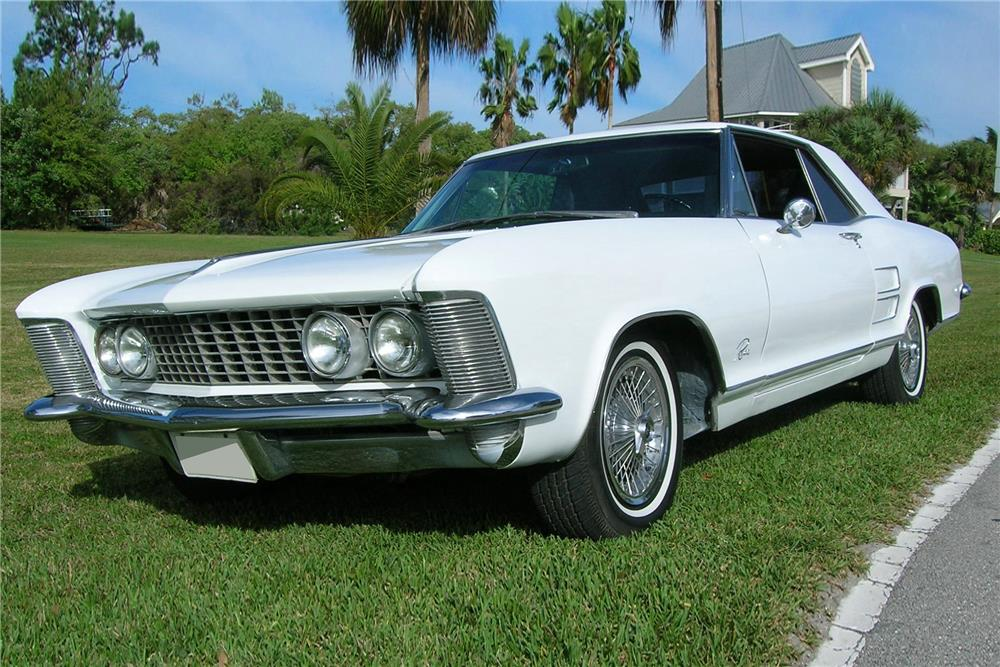 1963 BUICK RIVIERA - Front 3/4 - 184084