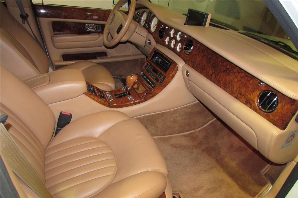 2000 BENTLEY ARNAGE RED LABEL TURBO - Interior - 184098