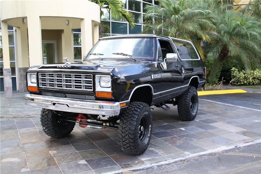 1984 DODGE RAMCHARGER  - Front 3/4 - 184108