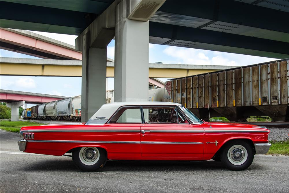 1963 FORD GALAXIE 500 CUSTOM - Side Profile - 184116