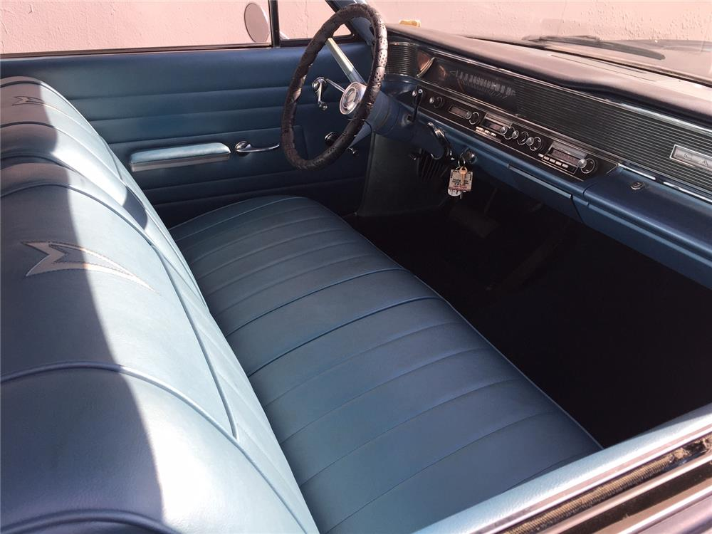 1964 PONTIAC CATALINA - Interior - 184149