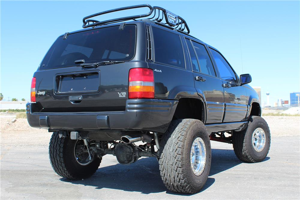 1998 JEEP GRAND CHEROKEE CUSTOM SUV - 184207