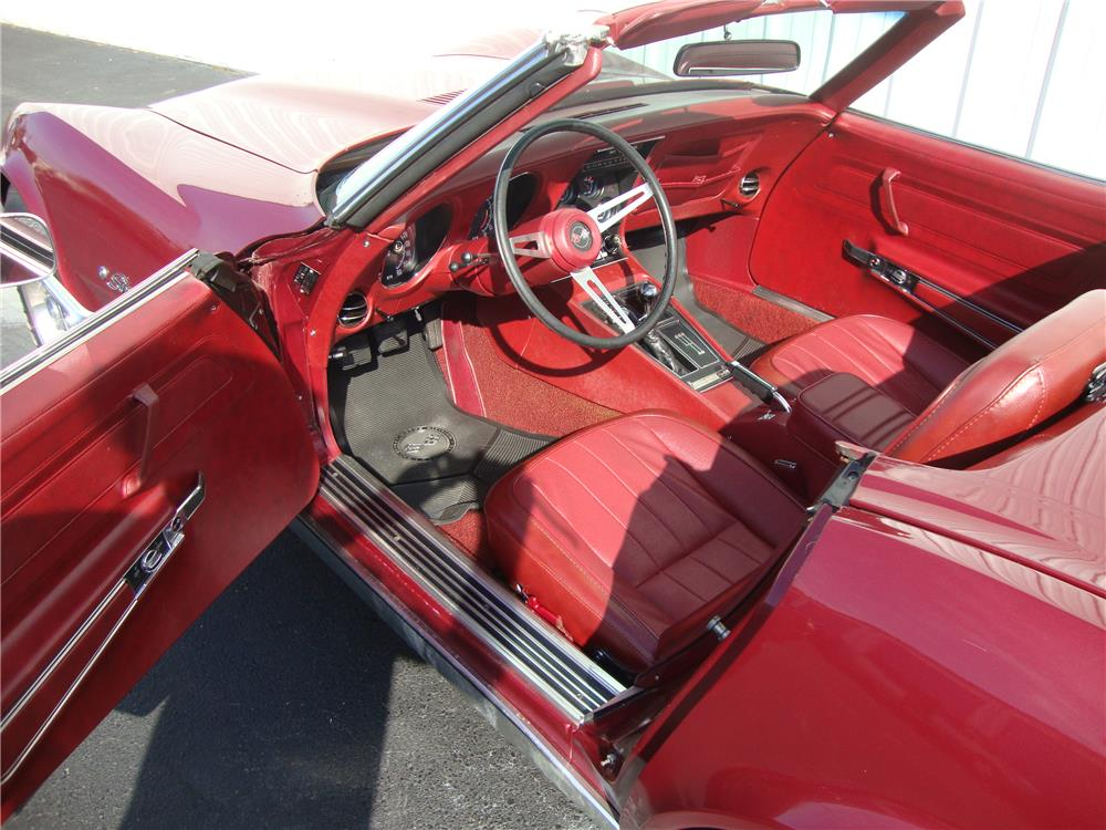 1974 CHEVROLET CORVETTE CONVERTIBLE - Interior - 184237