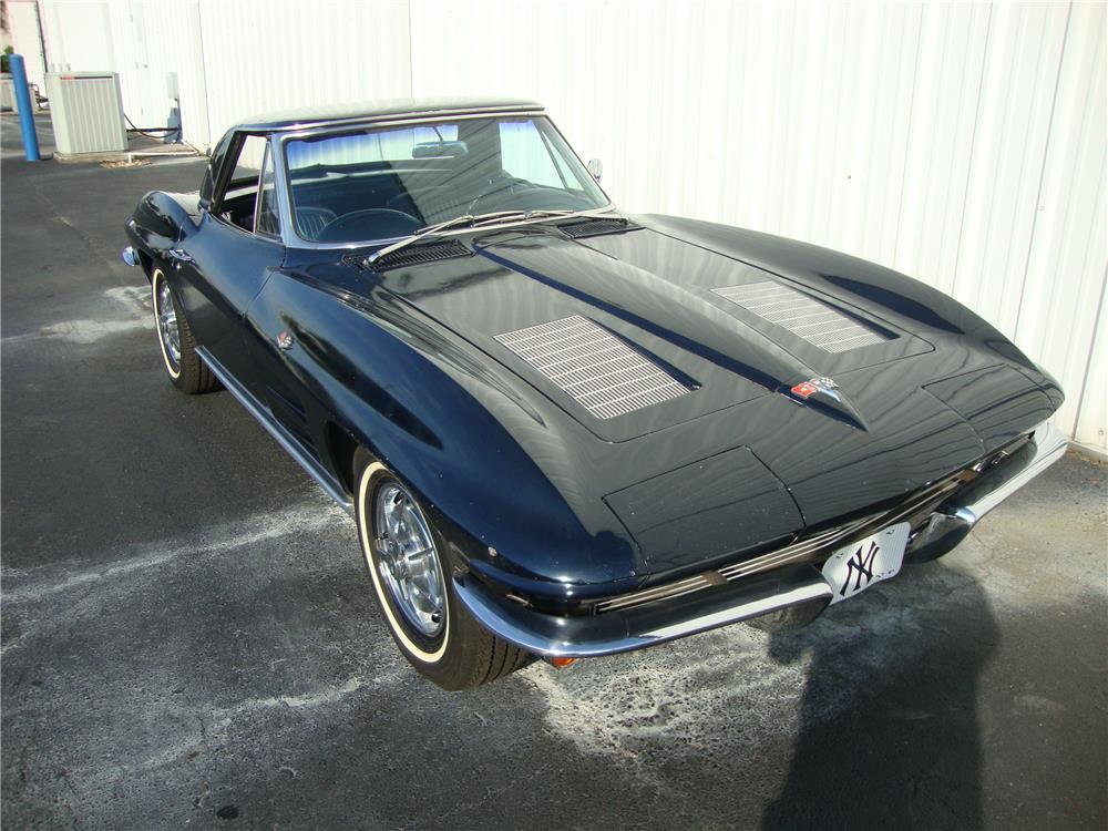 1963 CHEVROLET CORVETTE CONVERTIBLE - Front 3/4 - 184242
