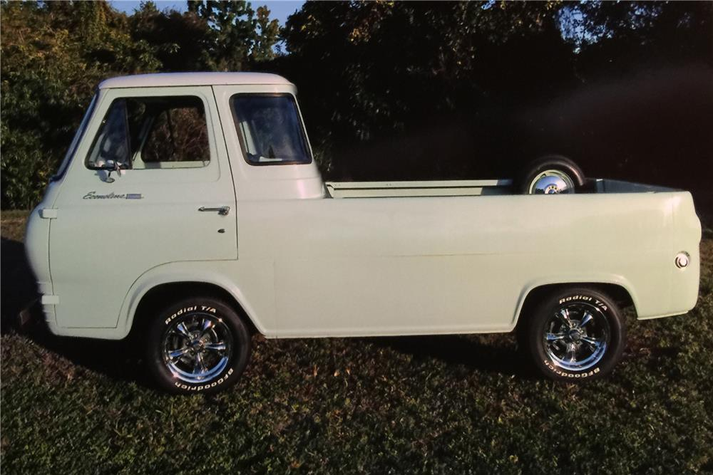 1967 FORD ECONOLINE PICKUP - Side Profile - 184297