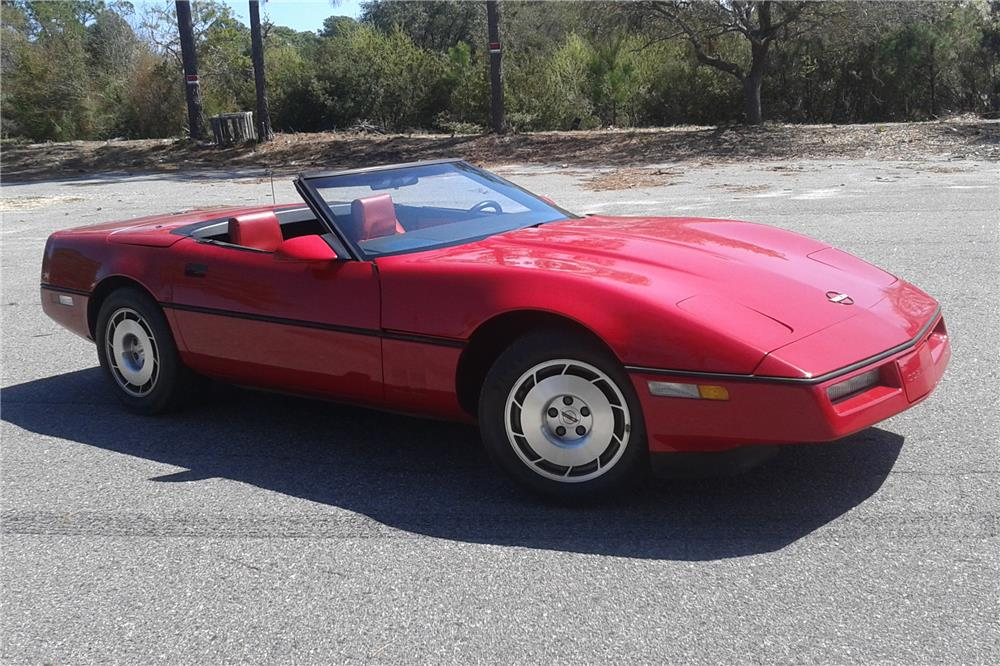1986 CHEVROLET CORVETTE PACE CAR CONVERTIBLE - Front 3/4 - 184309