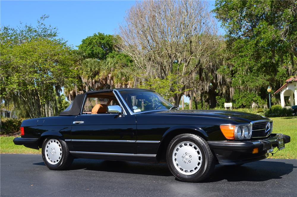 1987 MERCEDES-BENZ 560SL CONVERTIBLE - Side Profile - 184342