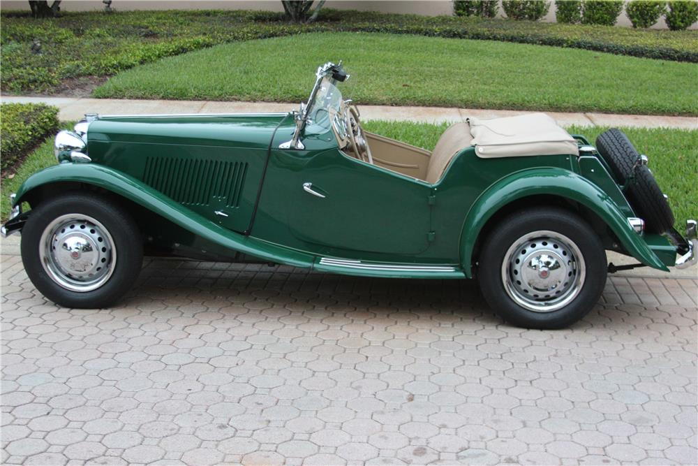 1953 MG TD ROADSTER - Side Profile - 184364